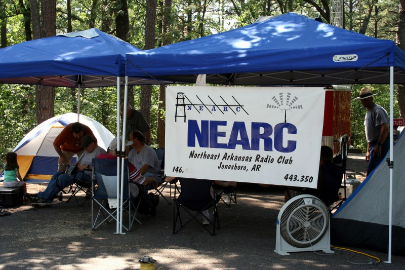 nearc_s_field_day_2006_image29